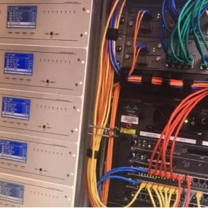 New Security Ο εξοπλισμός και η προδιαγραφές που έχουμε επενδύσει για το κέντρο λήψεως σημάτων εικόνας & σημάτων συναγερμού είναι συνώνυμο της ασφάλειας και υπέρ-πληρούν τις προδιαγραφές παλαιότερων κεντρικών σταθμών. Με σύγχρονες εγκαταστάσεις προηγμένα μηχανήματα εκπαιδευμένους χειριστές.